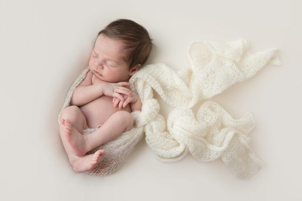 Hamilton-newborn-photography-with-mohair-wrap.jpg