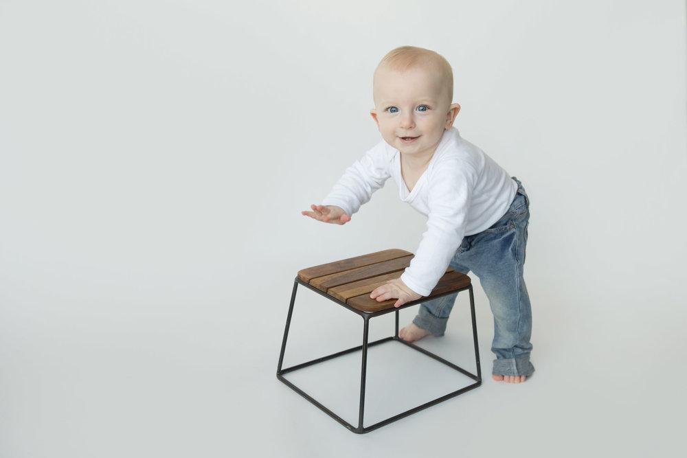 Hamilton-photographer-infant-studio-photo-shoot.jpg
