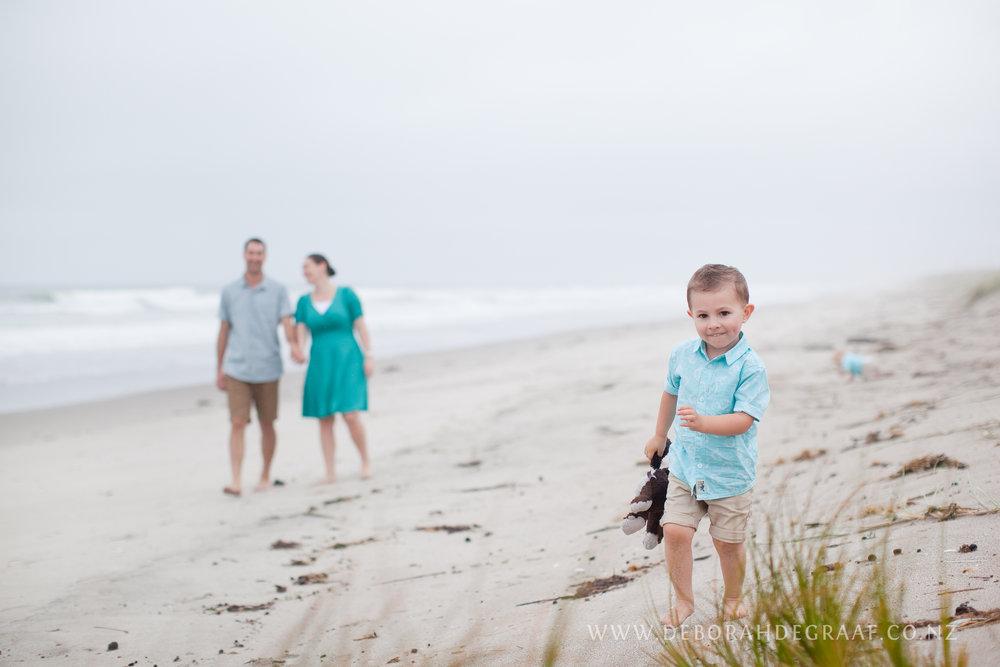 Family-photo-shoot-lifestyle-photos.jpg