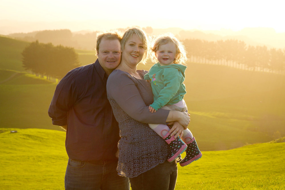 Hamilton-family-photographer-backlit-in-sun.jpg