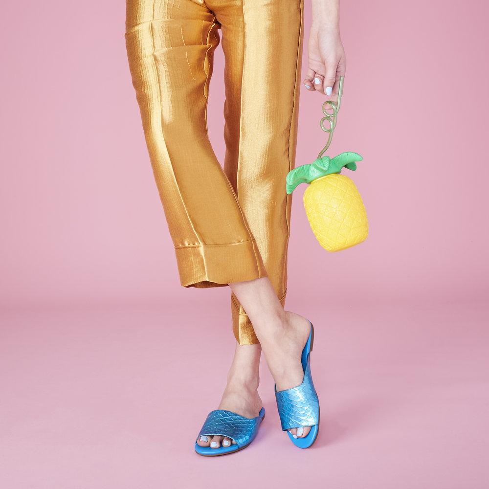 2017-12-08_Katy-Perry-Shoes_Shot 5 Mermaid Slide_030.jpg