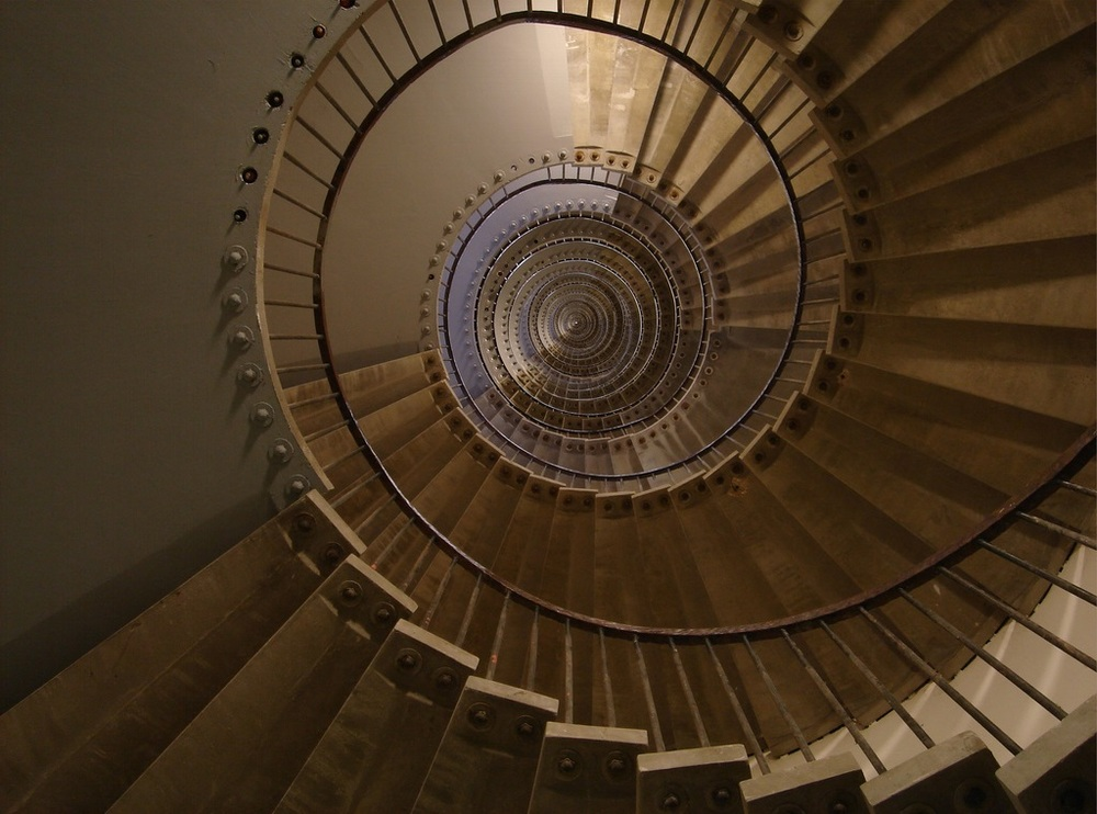 ( Infinite Staircase  | Alexandre Duret-Lutz)