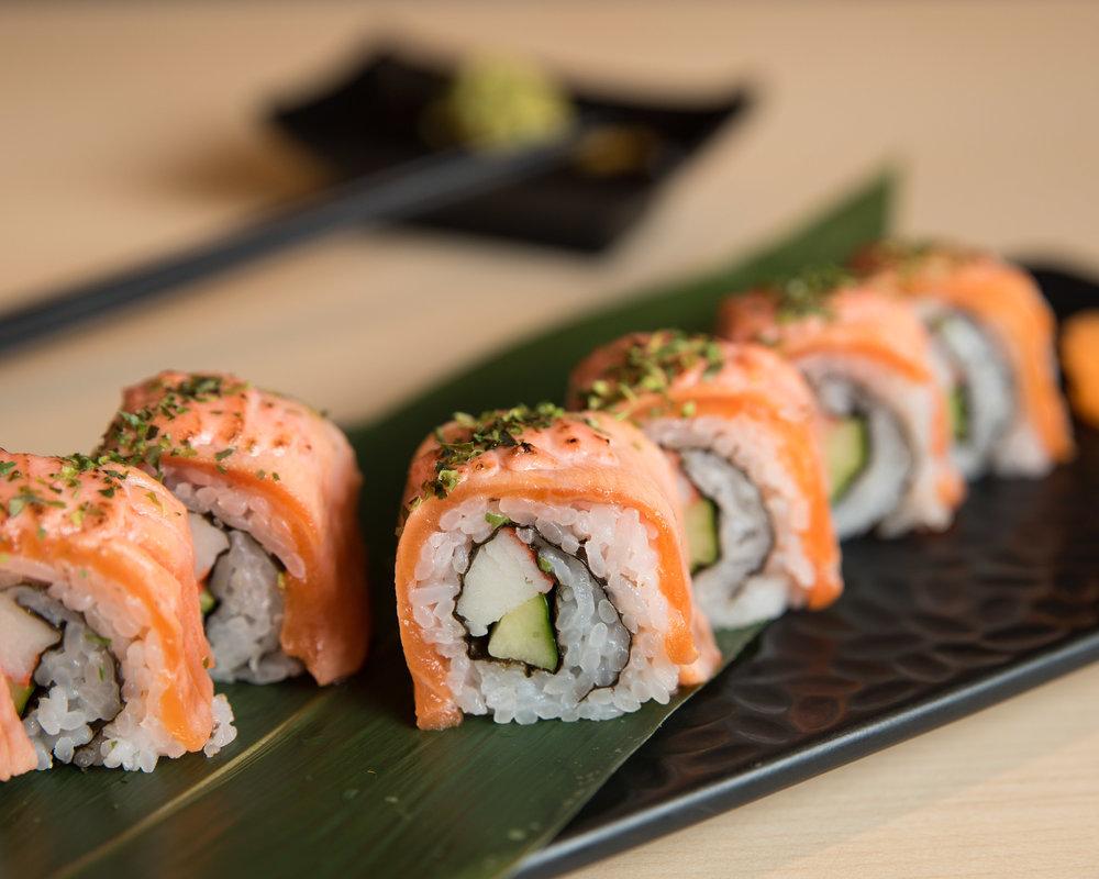 Azuma Sushi Japanese Restaurant_Salmon Mentai Island Roll_2880x2304.jpg