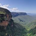 Jamison_Valley,_Blue_Mountains,_Australia_-_Nov_2008_sml.jpg