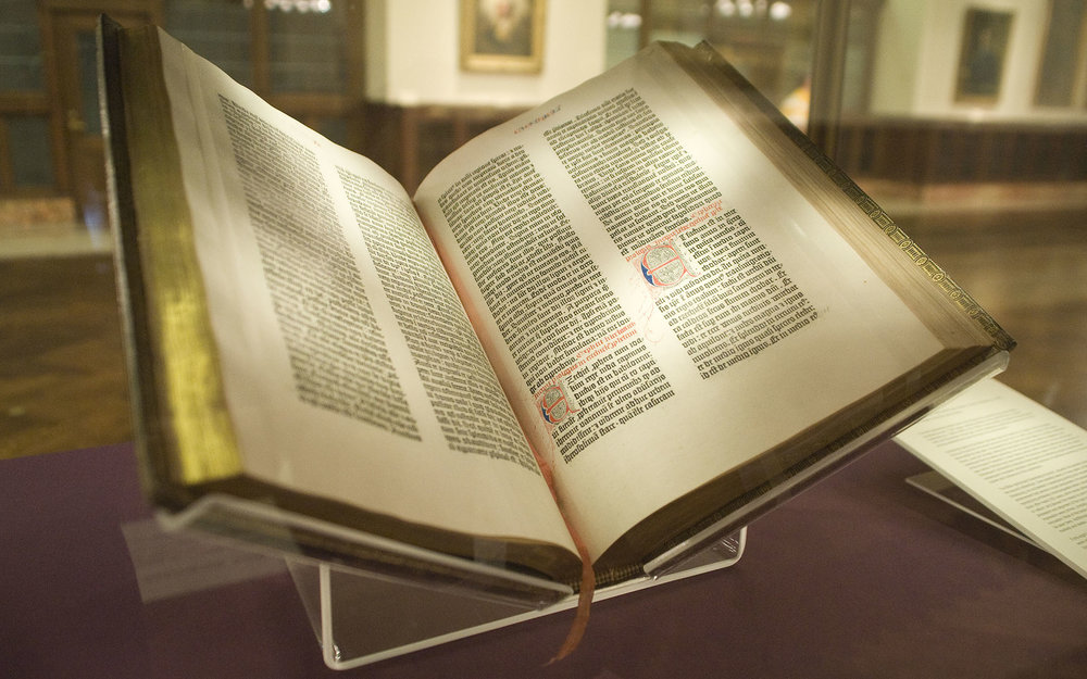 By NYC Wanderer (Kevin Eng) (originally posted to Flickr as Gutenberg Bible) [CC BY-SA 2.0 (https://creativecommons.org/licenses/by-sa/2.0)], via Wikimedia Commons