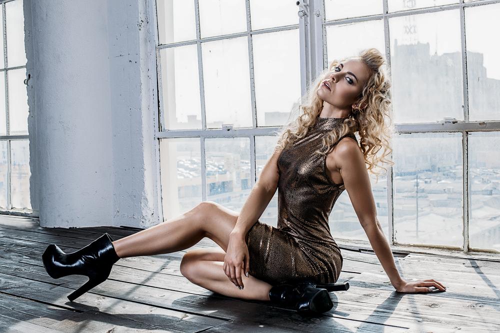 Model: Nathalie Fust