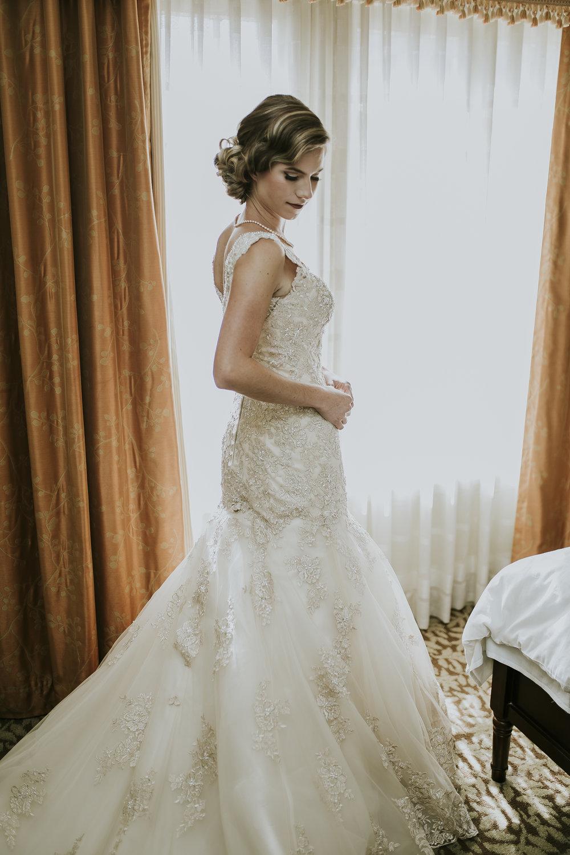 RIVERSIDE_ALYSSA_ALEX_WEDDING_2016_9.jpg