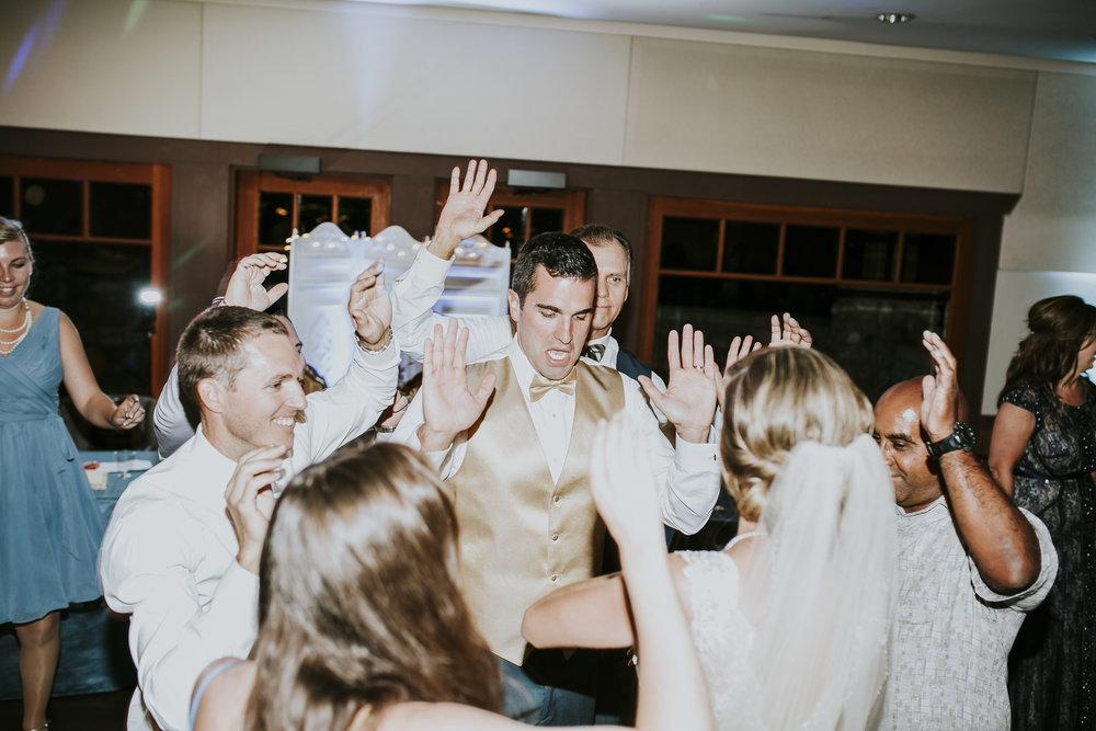 RIVERSIDE_ALYSSA_ALEX_WEDDING_2016_113.jpg