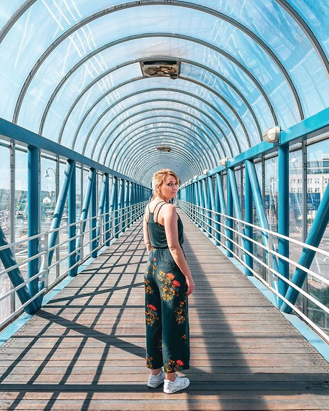 🎧: Shades of Blue - Kelsey Lu // This girl 👱🏻‍♀️⚡️ - Cette fille @hanobe_ 👌🏽 . . . . . #watchthisinstagood #cettesemainesurinstagram #the_visionaries #ccunderfollowed #aov5k #trappingtones #THECREATORCLASS #huntgram #instagood10k #portraitpage #urbanromantix #fubiz #discoverportrait #makeportraits #tinypeopleinbigplaces #portraitmood #tv_pointofview #LensDistortions #theweekoninstagram #ampt #aovportraits #urbanaisle #postthepeople #folkportraits #art_chitecture_ #buildingstylesgf #lr_moments #creative_architecture #lesphotographes
