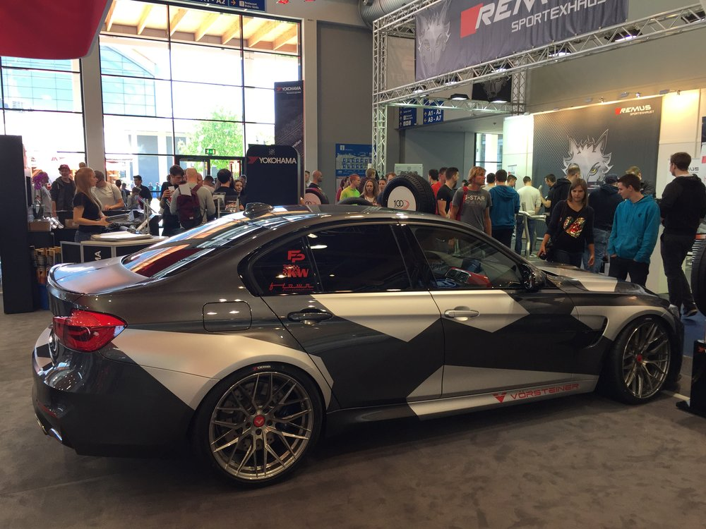 ATT TEC BMW auf ADVAN Sport V105 mit Vorsteiner Felgen