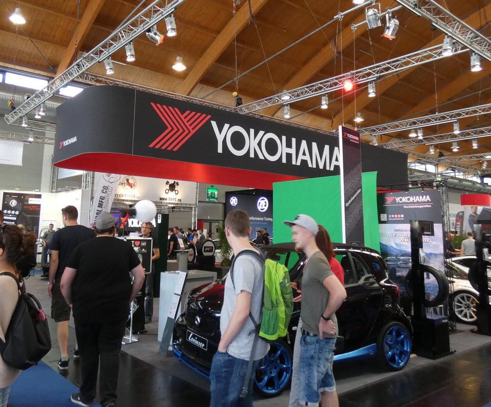 YOKOHAMA Messestand Tuning World 2018