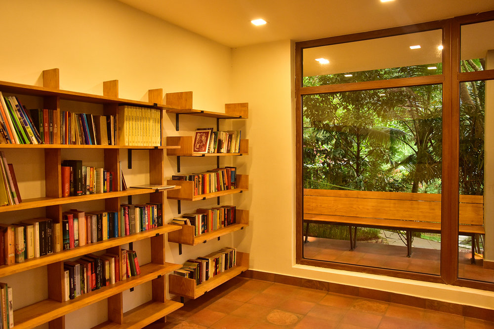 library_treehouse (6).jpg