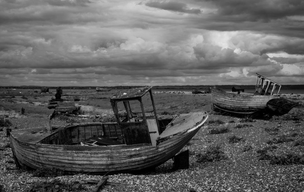 Dungeness BW  Small (3 of 4).jpg