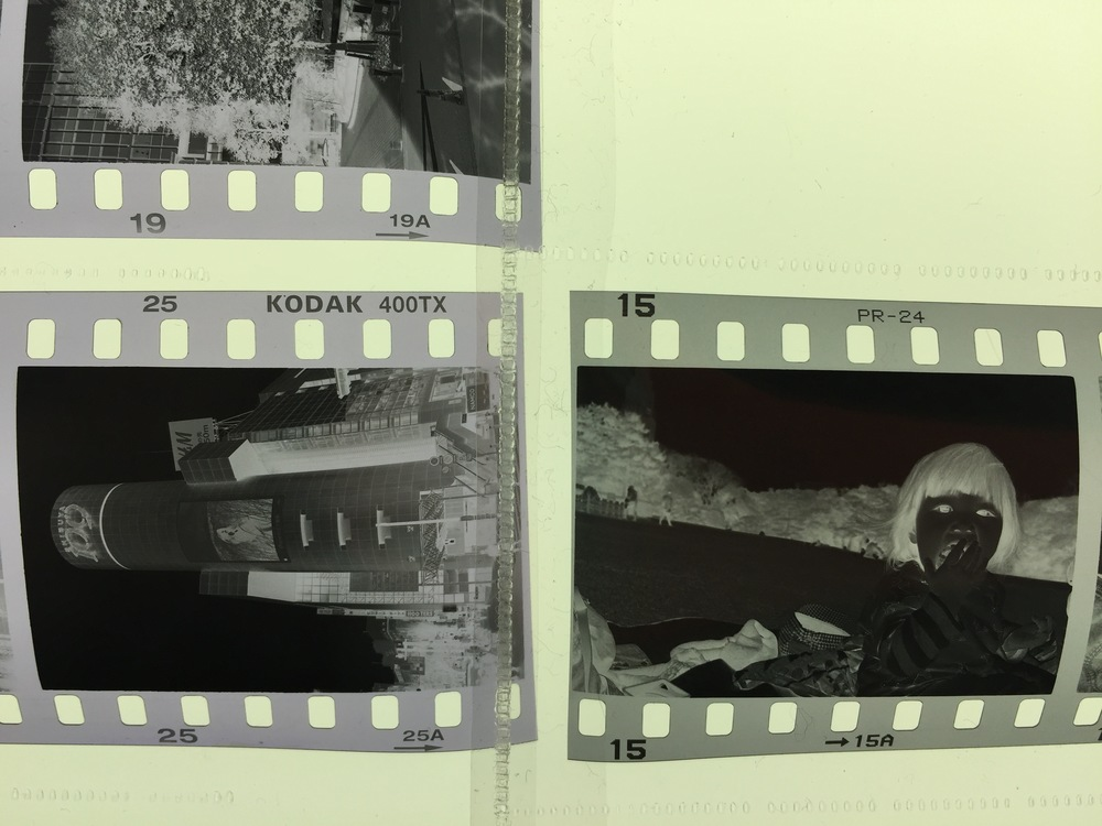 and just for fun, this is Neopan 400 expired in 2006. Even that is nice and grey!