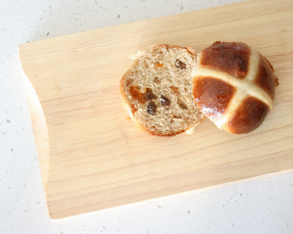 Hot_Cross_Buns_cut.jpg