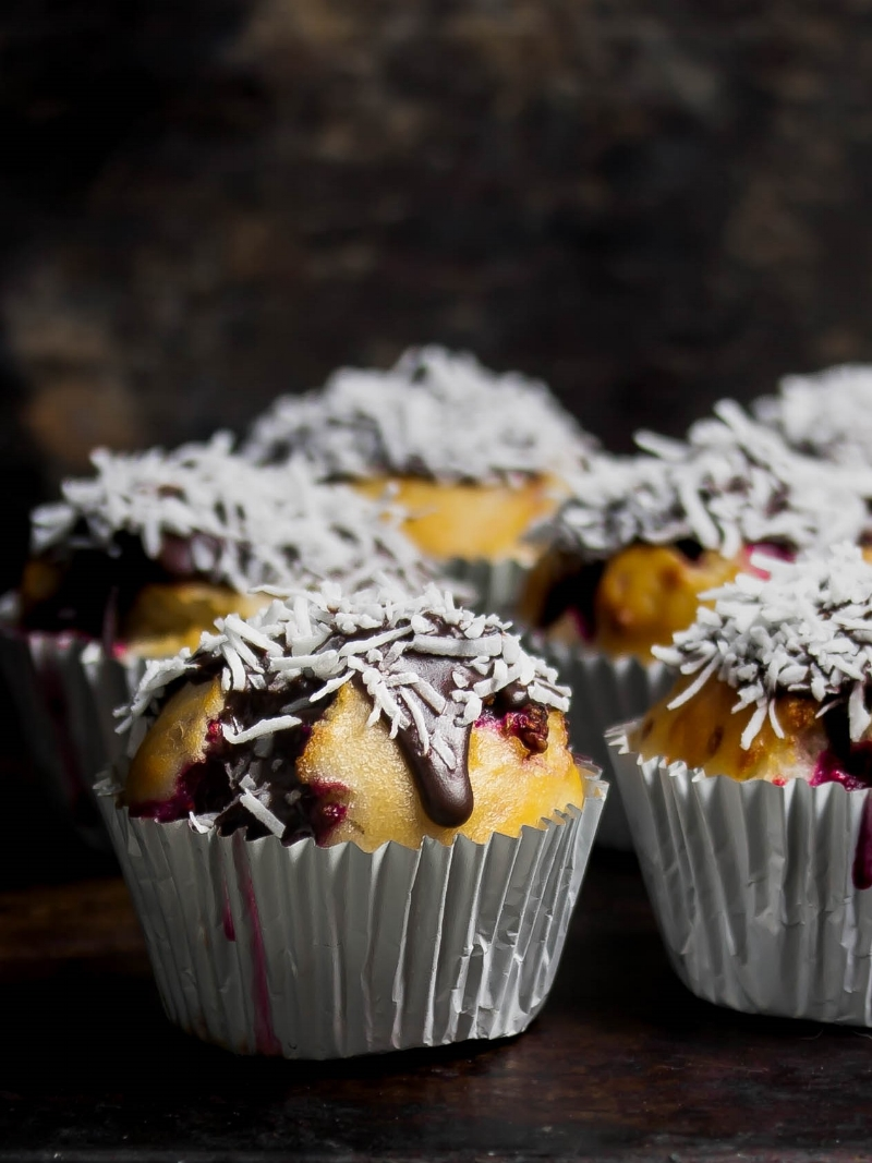 Lamington muffins with raspberries