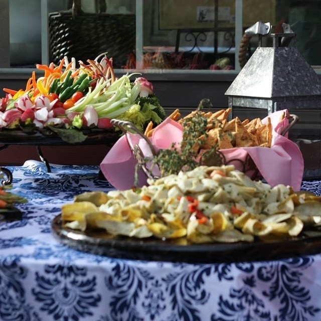 Outdoor hors d'oeuvres Station