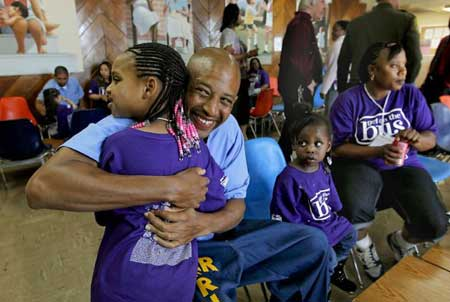 Kids With Parents In Prison Often Deal >> Educate Give A Beat