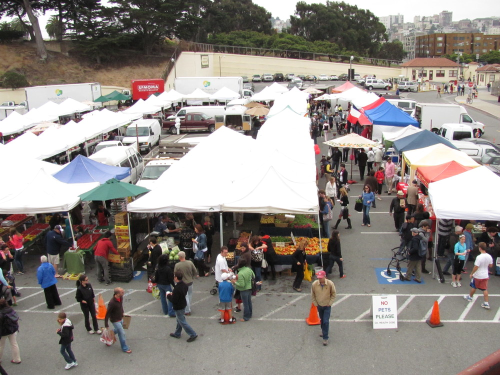 Overhead view of Fort Mason Center Farmers' Market