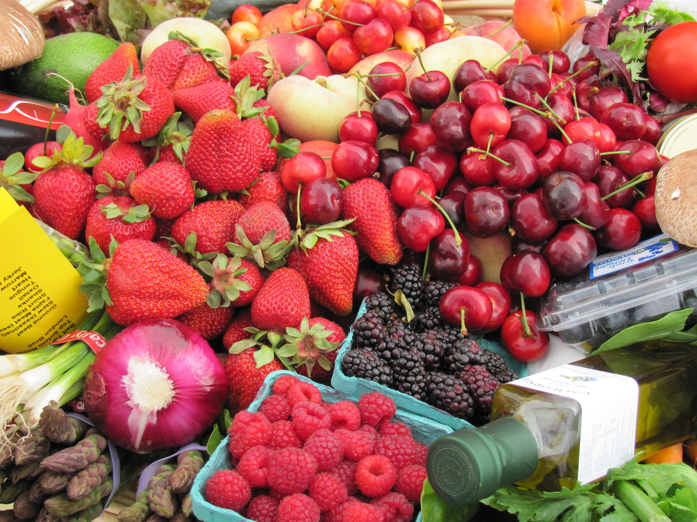 Seasonal fruits and vegetables at Fort Mason Center Farmers' Market