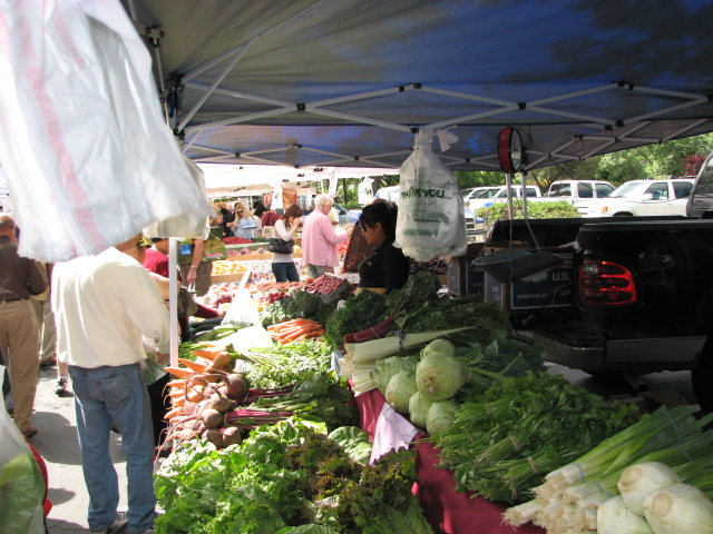 local farms selling at Diablo Valley Farmers' Market