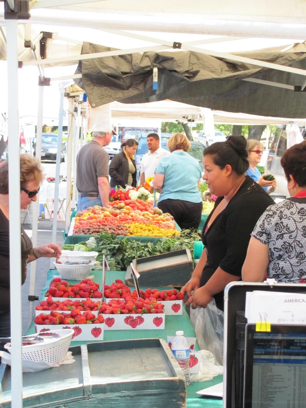 Moraga Farmers' Market