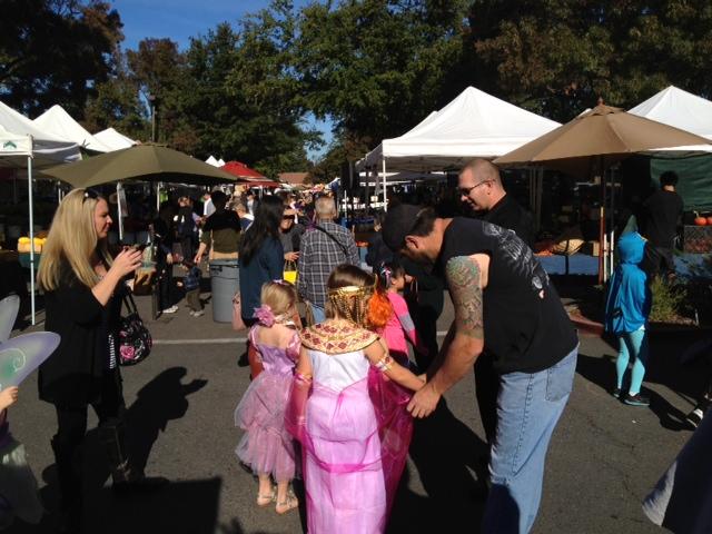 costume parade.JPG