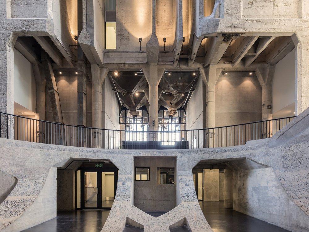 776_6__HR_ZeitzMOCAA_HeatherwickStudio_Credit_Iwan Baan_Atrium view towards entrance.jpg