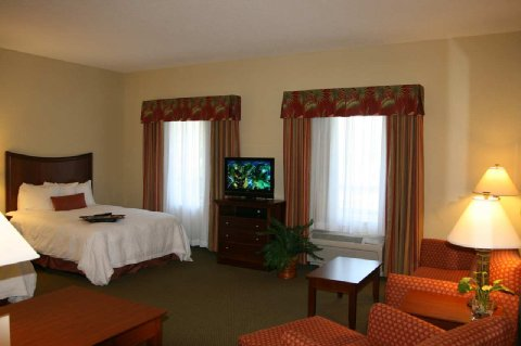 hampton-inn-&-suites-stuart-----north_5.jpg