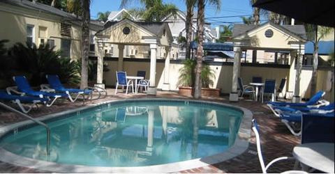 2631759-Coronado-Inn-Pool-1-DEF.jpg