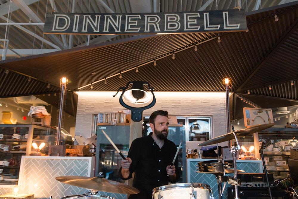 dinnerbell-iv_35865365102_o.jpg