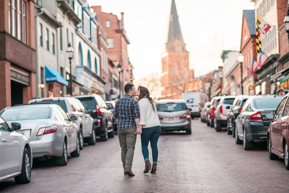 downtown-annapolis-engagement-session-chelsea-blanch-photography-14