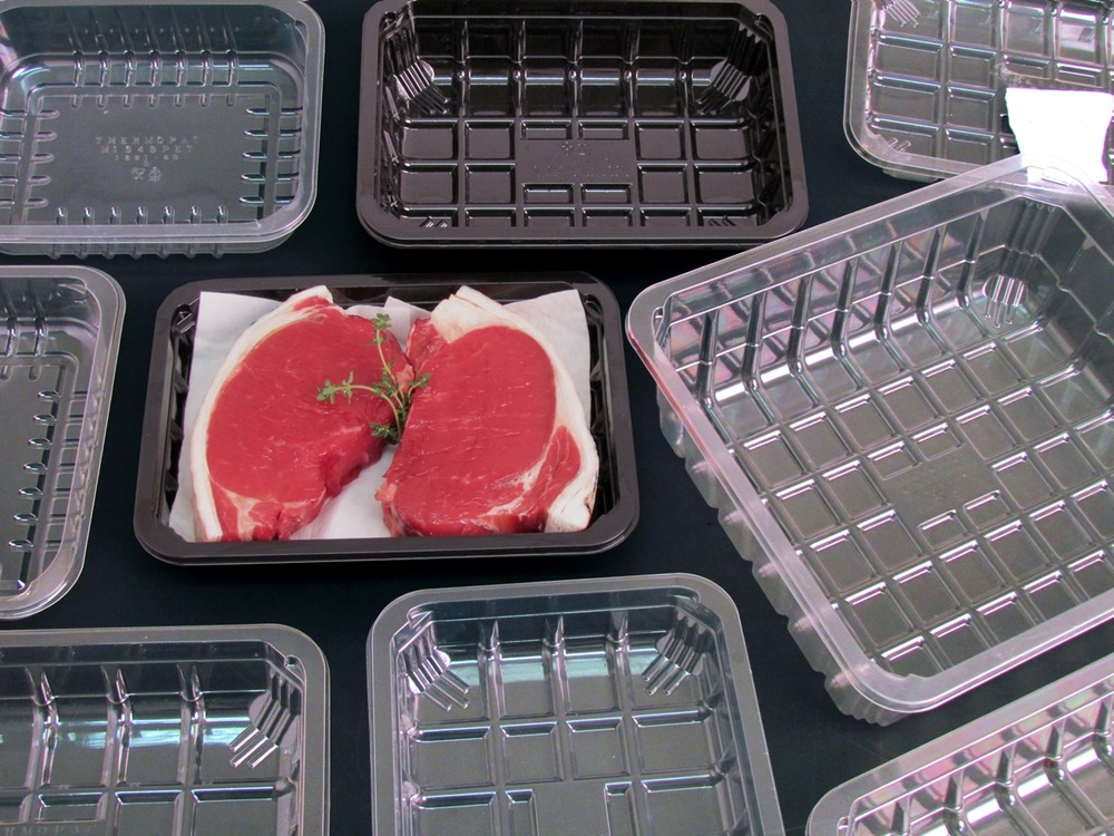 Astrapak's wide range of thermoformed products effectively serve the Food market, providing packaging for bakery, deli, fresh produce and prepared food applications as well as a range of trays developed to support MAP applications and shelf life extension.