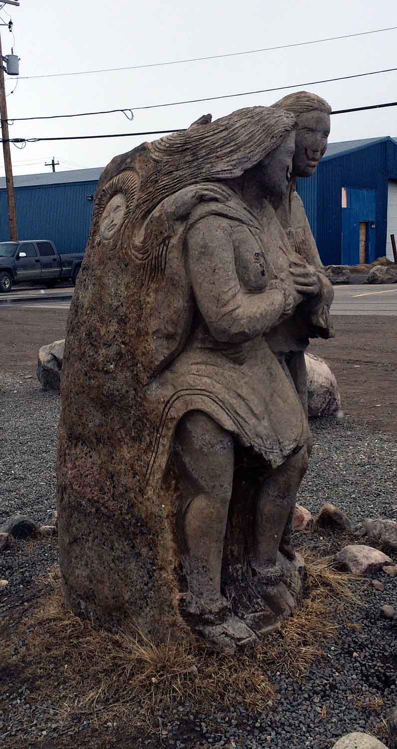 Iqaluit. Stone Park. Photo ©Christine Montague
