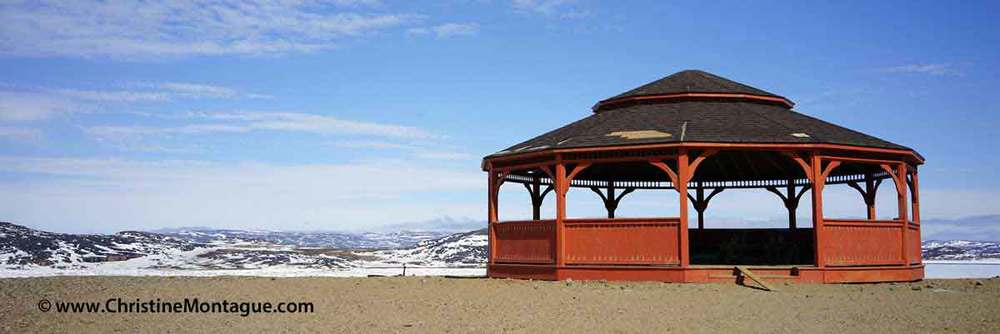 Gazebo. Cape Dorset, Nunavut. Photo: ©Christine Montague