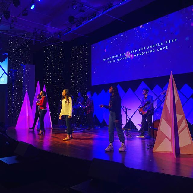 Merry Christmas Everyone! I hope you were are able to join us for our Christmas sing-a-long! #crosswalkchurch #crosswalkyoungadults #merrychristmas #lovewell
