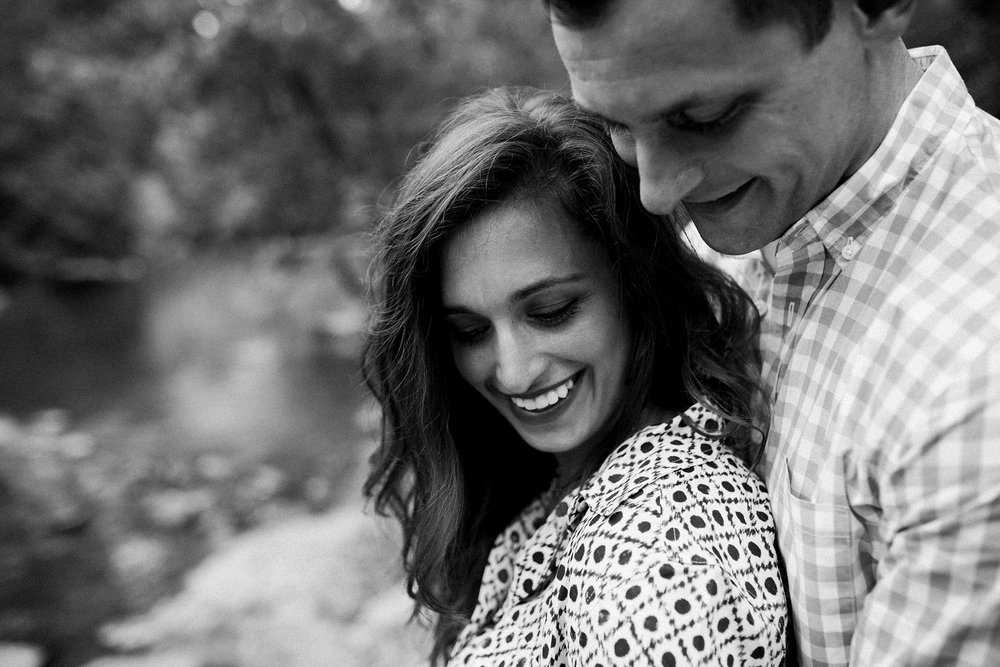 Louisville Engagement Photos_0014.jpg