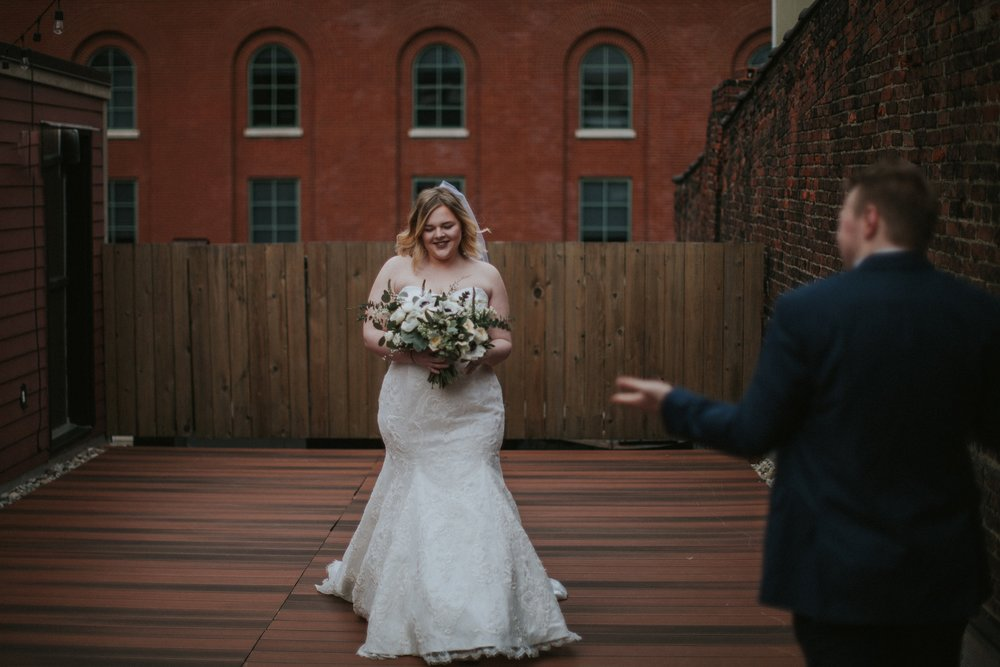 Downtown-Louisville-Surprise-Wedding_0019.jpg