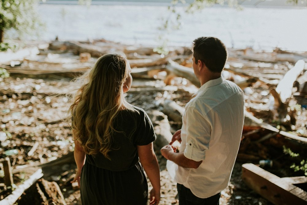 Louisville New Albany Engagement Photographer_0010.jpg