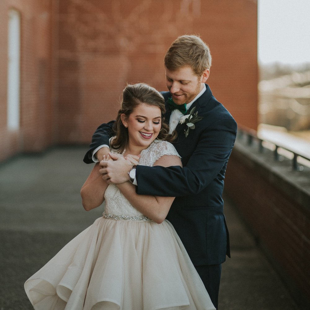 What  tips do you have? - Use the comments to let us know what tips you think should be added to this list! Were you a bride that learned from her mistakes? Are you a wedding planner with lots of wedding day wisdom? We want to hear from you, and I'm sure that our future couples will be grateful for the advice!
