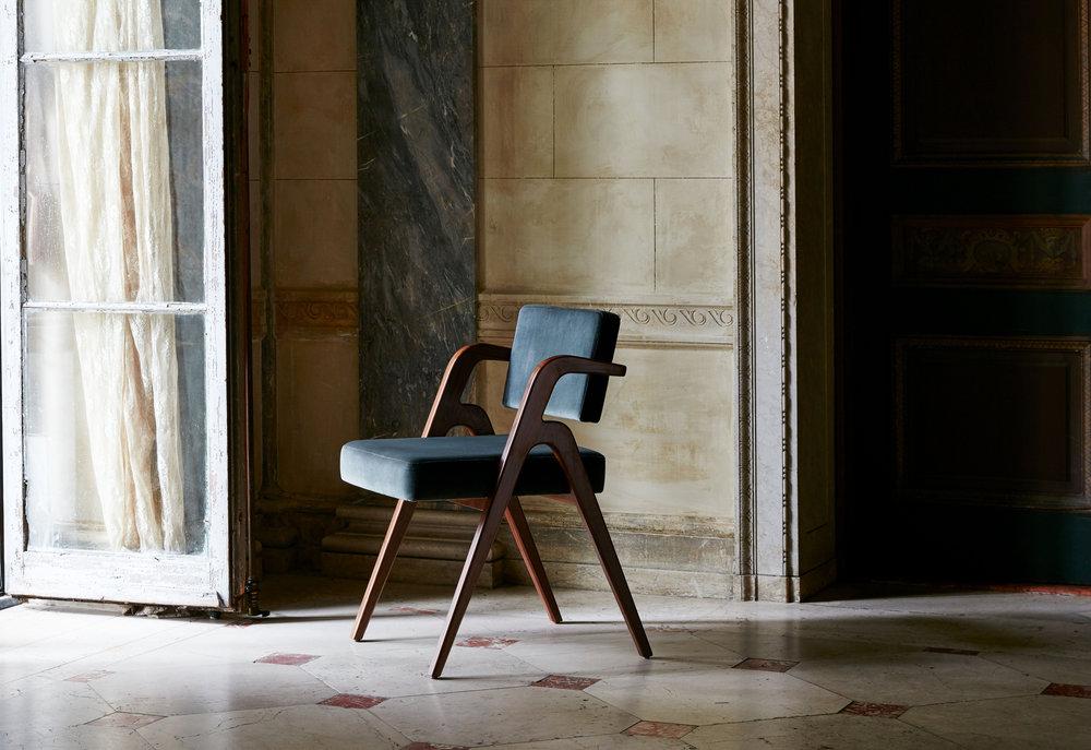 Luteca-Eugenio Chair-1.jpg