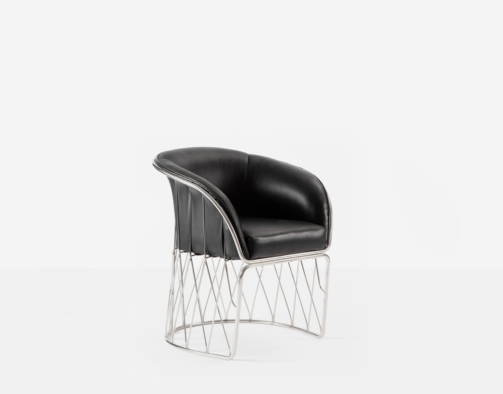 Luteca_PRV_Equipal-Chair_Black-Leather-Chrome_FP-W.jpg