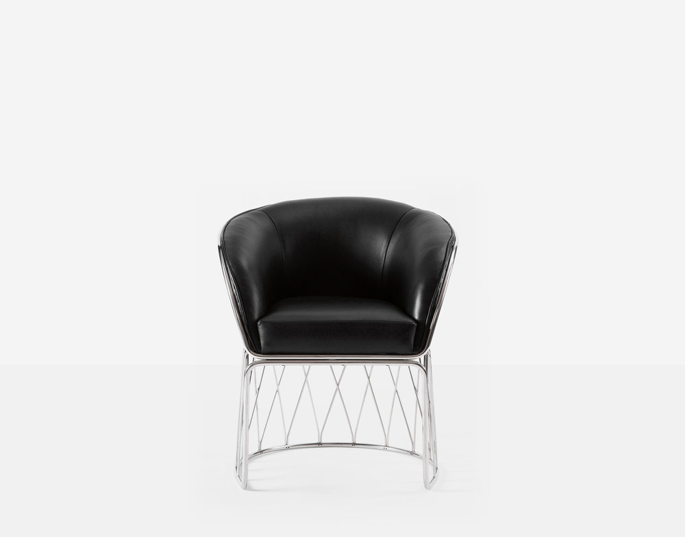 Luteca_PRV_Equipal-Chair_Black-Leather-Chrome_F-W.jpg