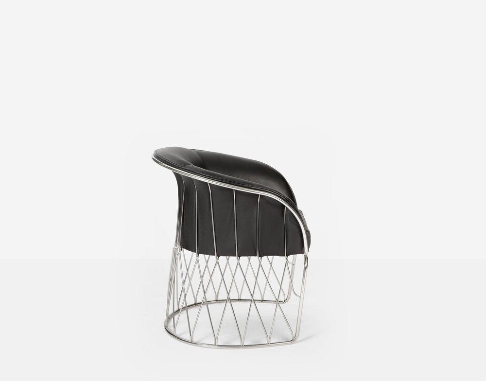 Luteca_PRV_Equipal-Chair_Black-Leather-Chrome_S-W.jpg