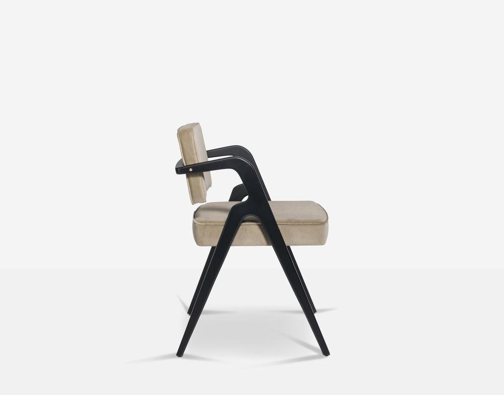 Luteca_Eugenio-Dining-Chair_Black-Khaki-Velvet_S-W.jpg
