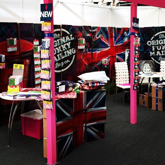 Come & say hello to us at the London Stationery Show! 🇬🇧📮