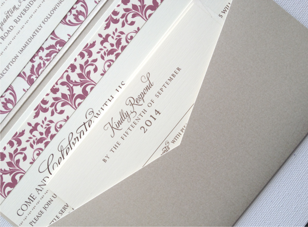 Damask Border Pocket closeup.png