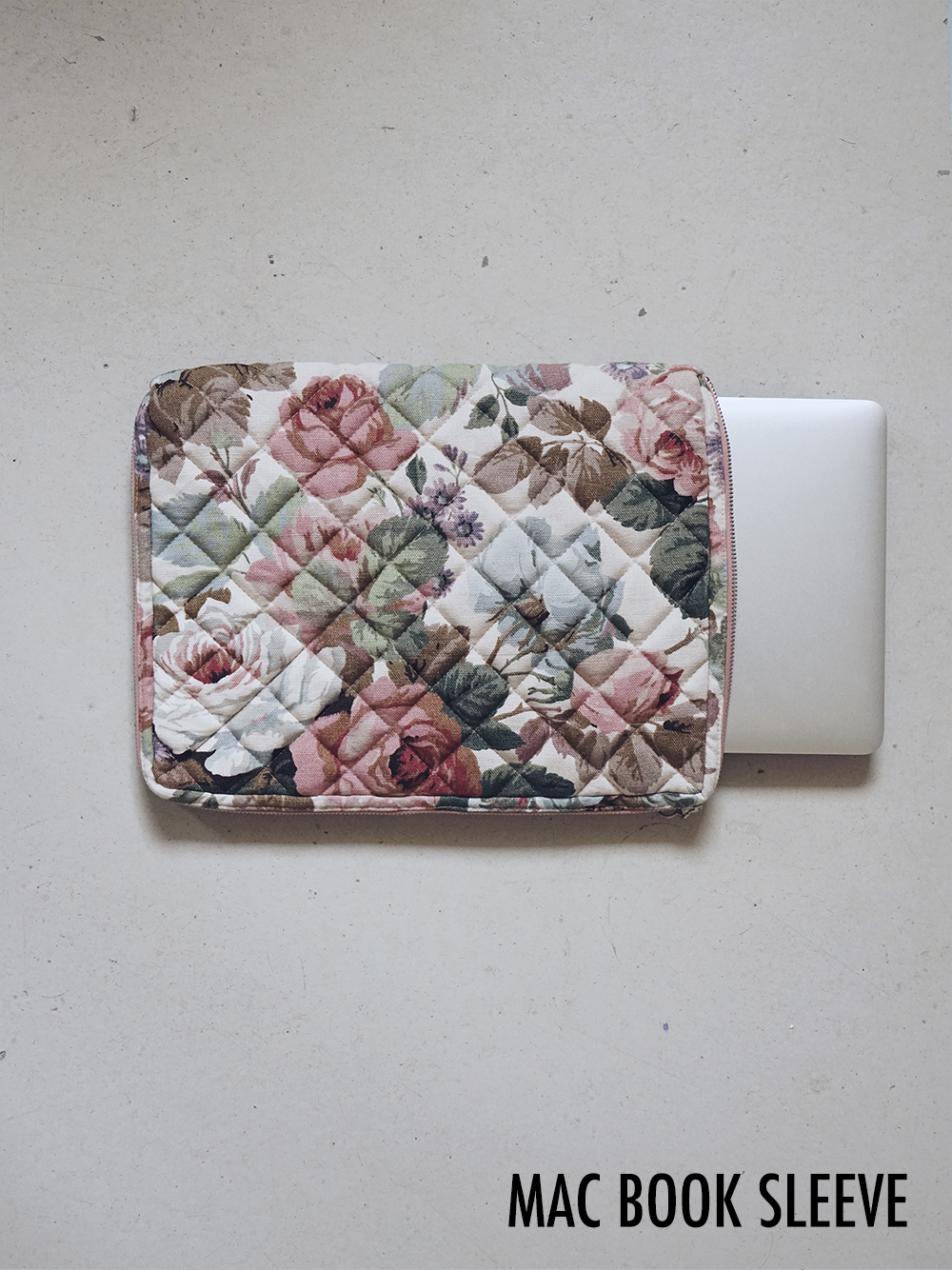 MAC BOOK SLEEVE.png