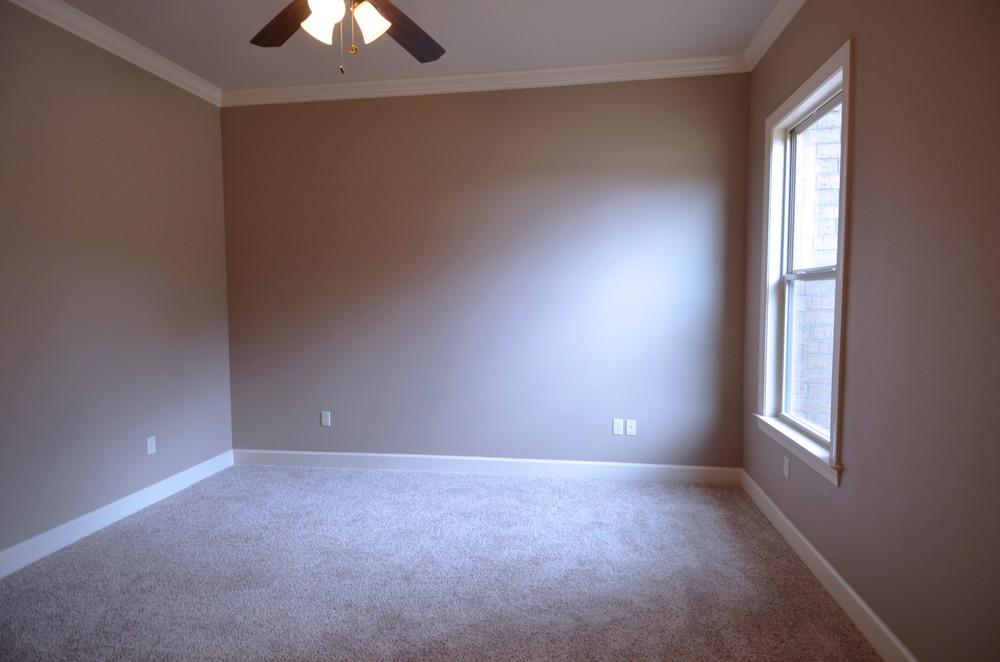 Bedroom B 2.jpg