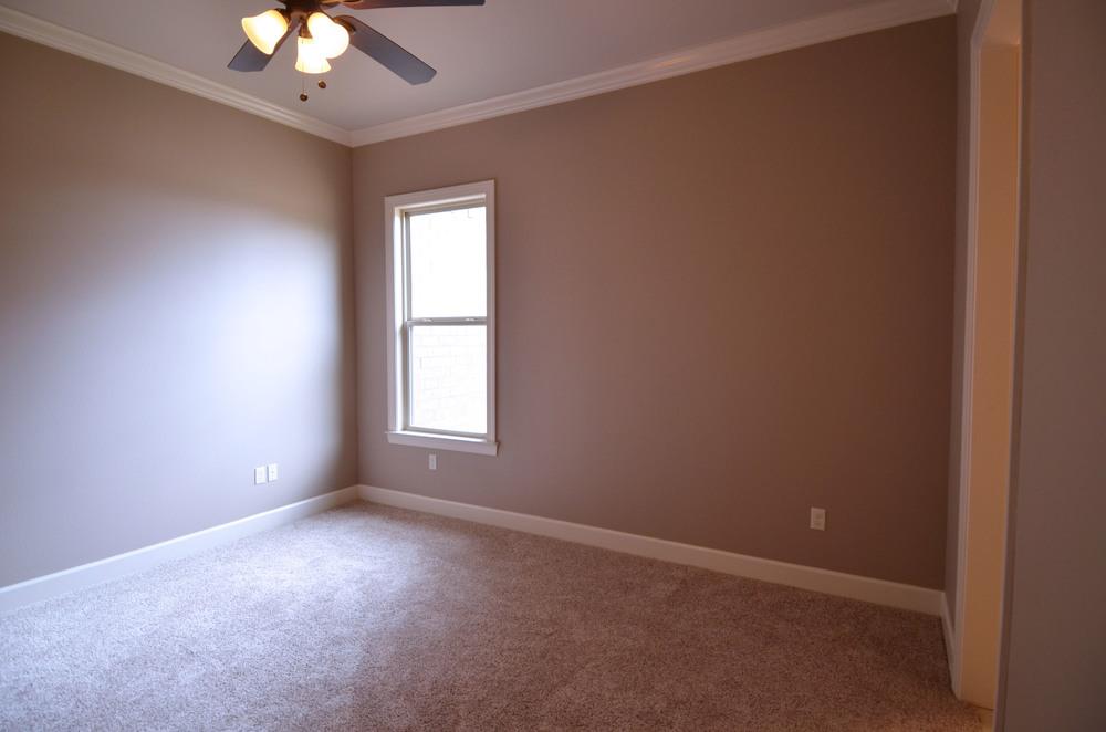 Bedroom B 3.jpg
